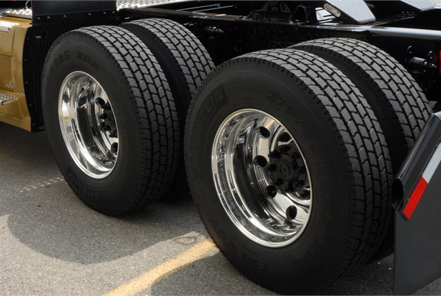Boonstoppel-Truckservice - Bandenservice